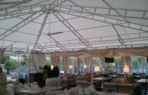 Летняя веранда в виде большого шатра